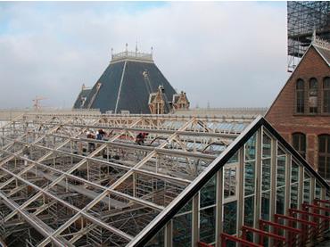 Structura metalica a Muzeului Rijks din Amsterdam a fost vopsita cu Noxyde-Pegarust